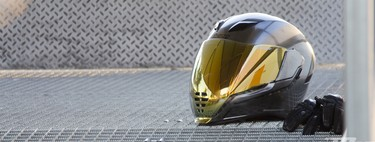 Probamos el Icon Airflite: un casco de estética futurista muy poco discreto a precio ajustado