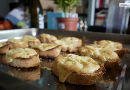 Canapés de suflé de queso