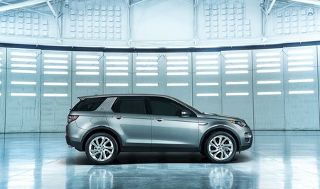 landrover-discovery-sport-2015-1000-03.jpg