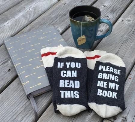 9 calcetines que todo amante de los libros debería tener en sus manos (o mejor dicho, pies)