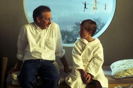 Steven Spielberg recupera la película de 'Halo' y podría dirigir lo último de Michael Crichton