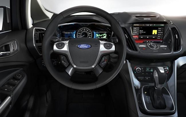 Ford C-Max Energi 02
