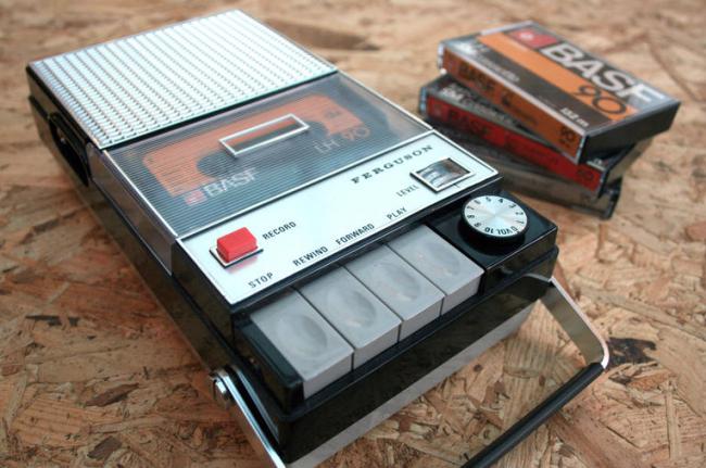 Tus playlists de Spotify se convierten en cintas para usar en este walkman con Raspberry Pi