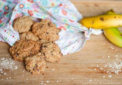 Cocinar con niños: cookies de chocolate, plátano y avena