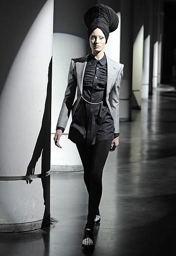 Foto de Junya Watanabe, Primavera-Verano 2010 en la Semana de la Moda de París (1/13)