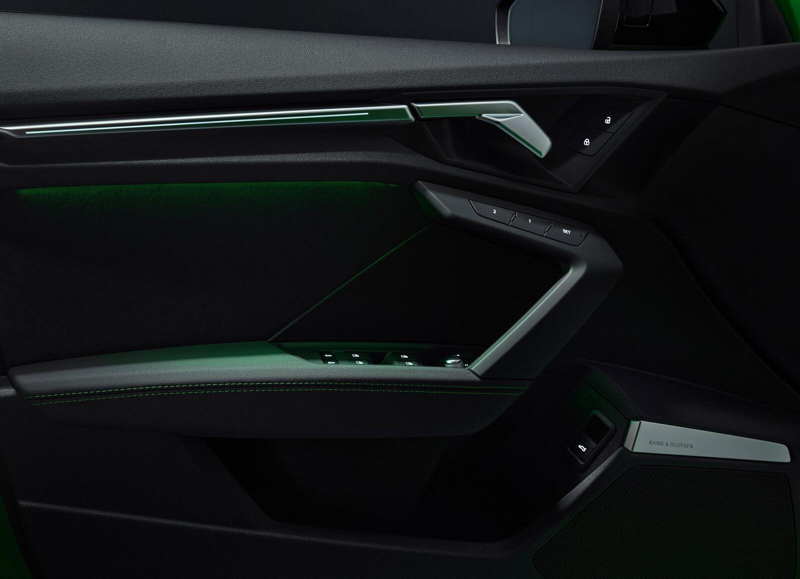 Foto de Audi RS 3 2022 (52/99)