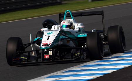 Takamoto Katsuta y Mitsunori Takaboshi vencen en las carreras de la Fórmula 3 en Motegi