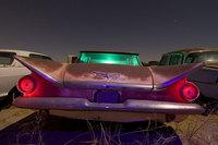 Fotografías nocturnas en los <em>junkyards</em>: ¡pero qué arte!