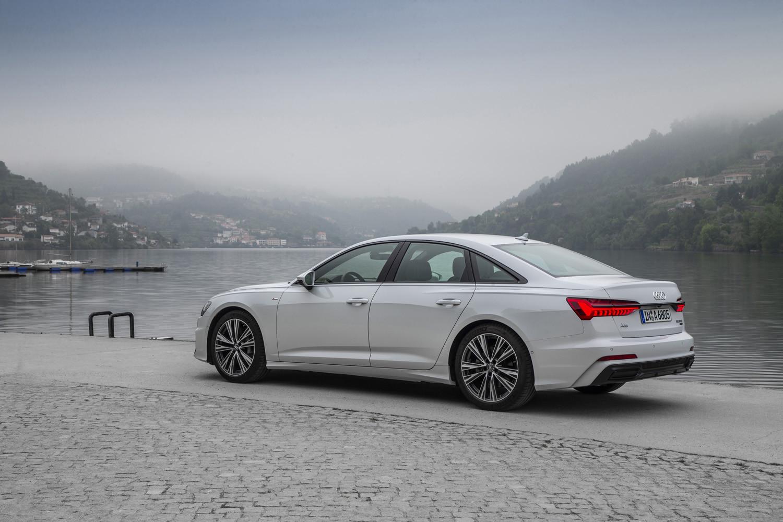 Foto de Audi A6 2018, toma de contacto (90/118)