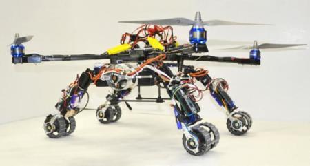 Este cuadricóptero incluye dos robots exploradores listos para actuar en zonas de rescate