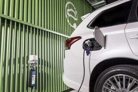 Las baterías de coches eléctricos podrían durar muchísimo más si este escudo protector se desarrolla a gran escala