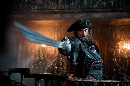 Ian Mcshane Piratas