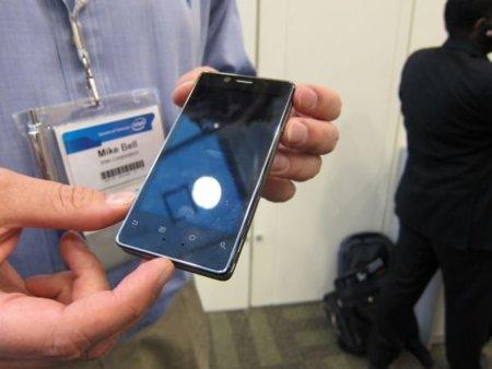 Intel nos enseña Android 2.3 sobre su plataforma Medfield