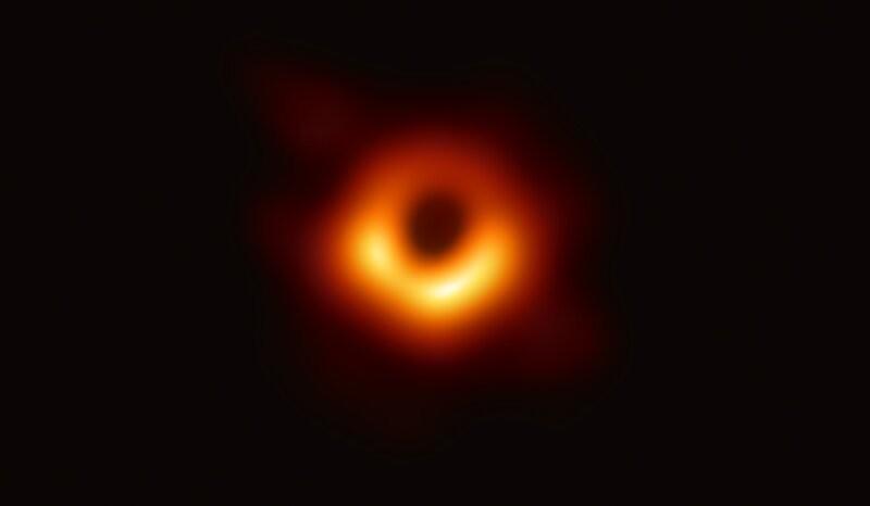 Esta es la primera imagen real de un agujero negro: la fotografía más improbable del universo