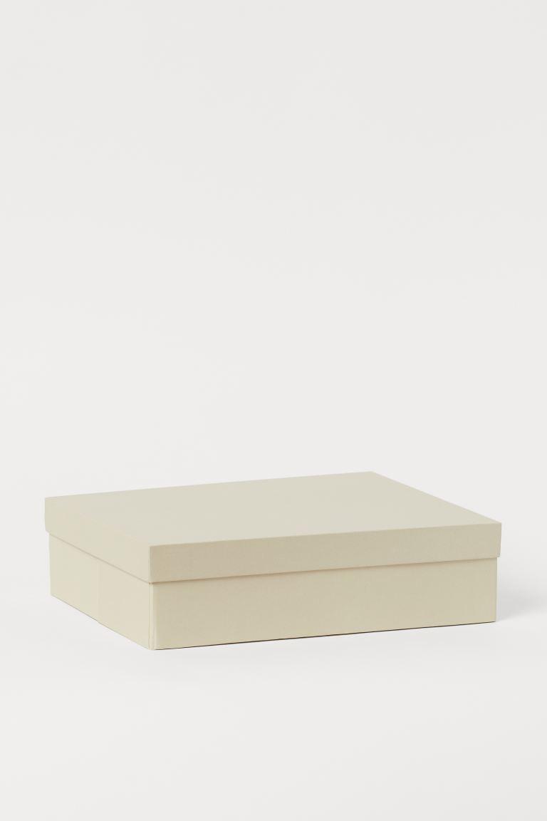 Caja con tapa de cartón