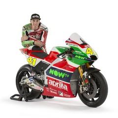 Foto 24 de 51 de la galería aprilia-racing-team-gresini-motogp-2017 en Motorpasion Moto