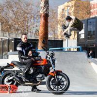 Catamos la Ducati Scrambler Sixty2 y la Montesa 4Ride, ¿dos juguetes demasiado caros?
