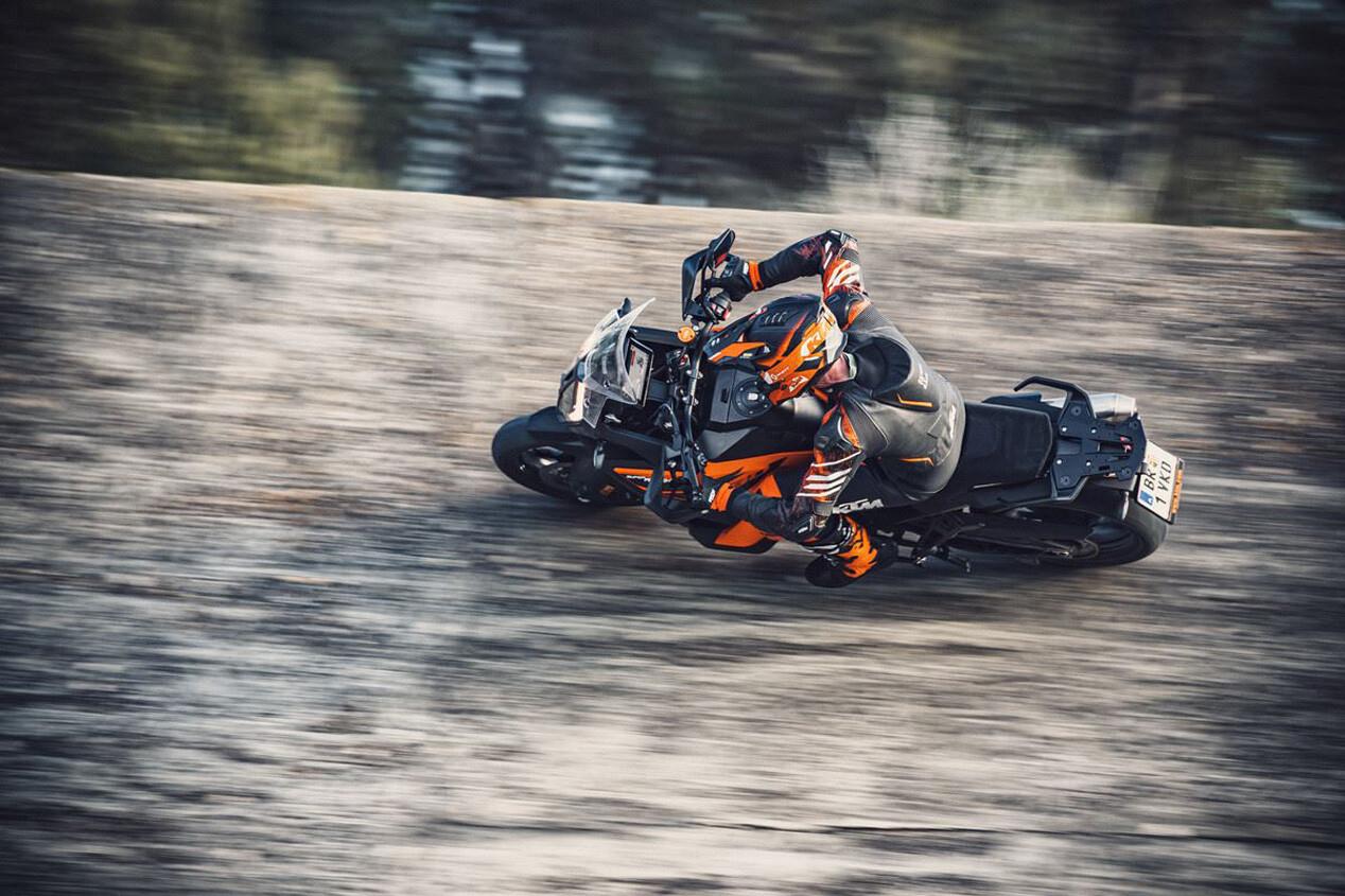 Foto de KTM 1290 Super Adventure S 2021 (4/11)