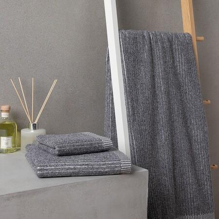 toalla gris descuento