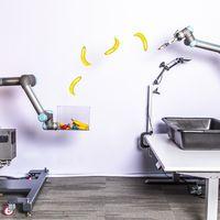 Google vuelve a la robótica con su TossingBot, del que afirma que es capaz de encestar objetos con mayor precisión que un humano