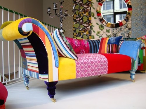 El patchwork marca estilo en sillas y sillones llenándolos de color