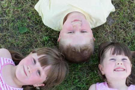 Niños sin cole en verano: ¿Quién cuidará de ellos? La pregunta de la semana
