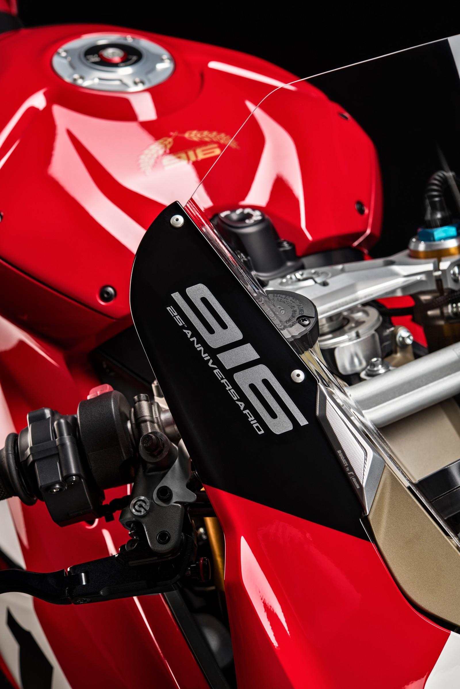 Foto de Ducati Panigale V4 25° Anniversario 916 (19/73)