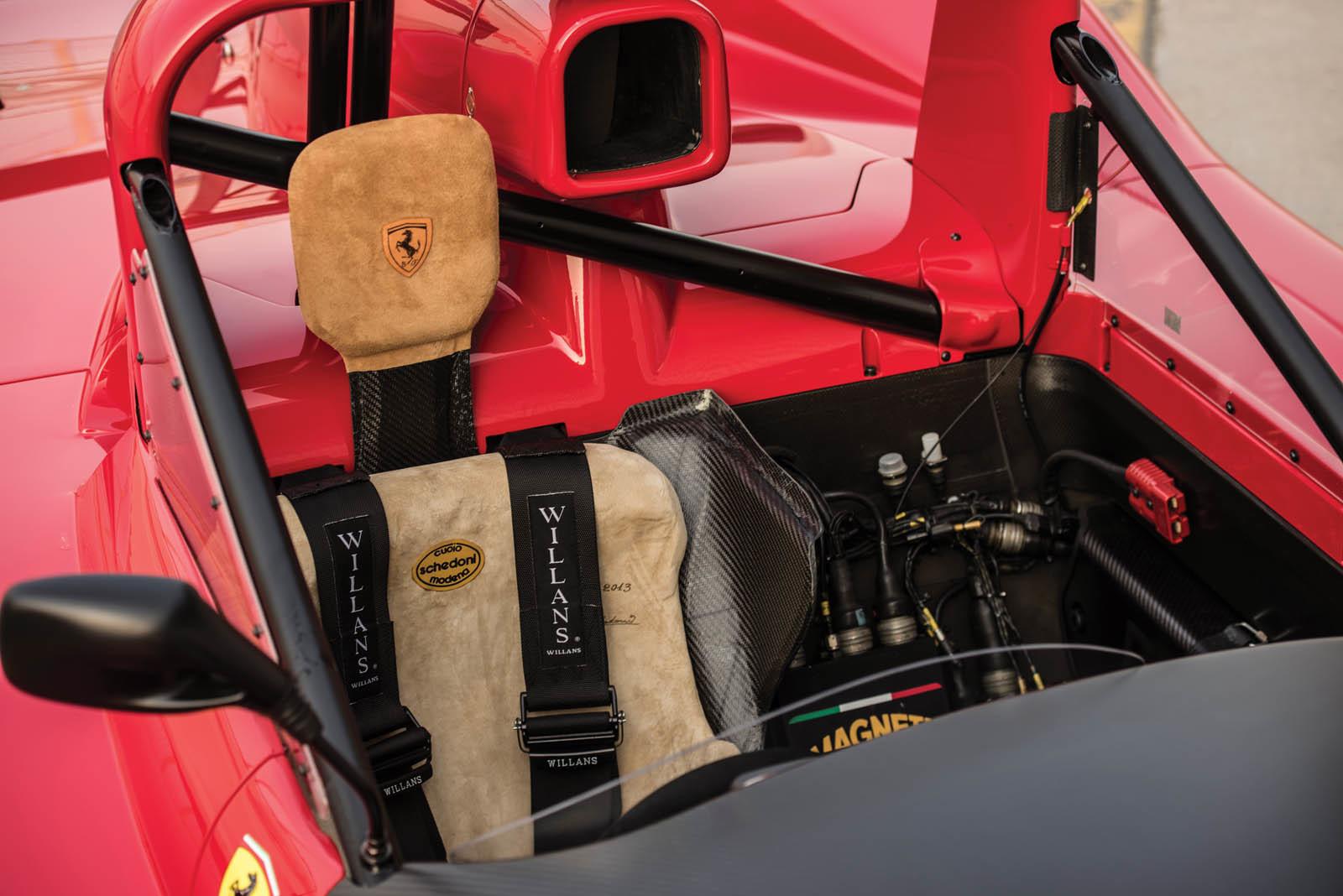 Foto de Ferrari 333 SP de 1994, a subasta (13/24)