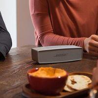 El altavoz portátil Bluetooth Bose SoundLink Mini II está más barato que nunca en Amazon por 119,71 euros