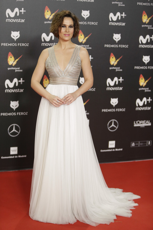 premios feroz alfombra roja look estilismo outfit Celia Freijeiro