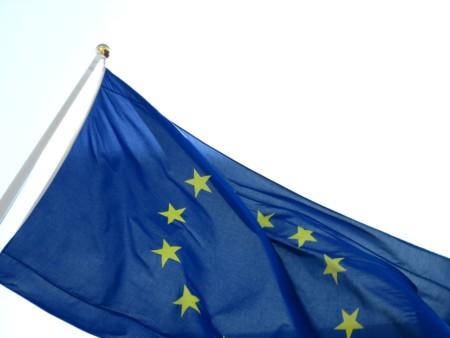 La Unión Europea pacta la primera gran ley de seguridad en la red. ¿En qué consiste?