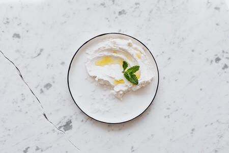 Cocina como profesional: cómo sustituir el queso mascarpone si no encuentras más una receta fácil para preparar tiramisú clásico