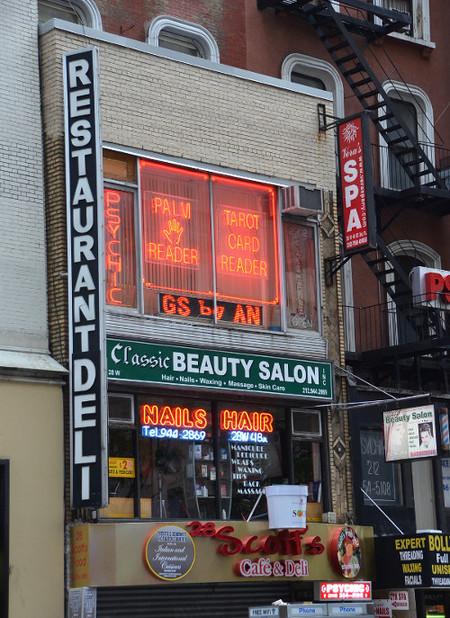 Los salones de manicura de Nueva York dan miedo