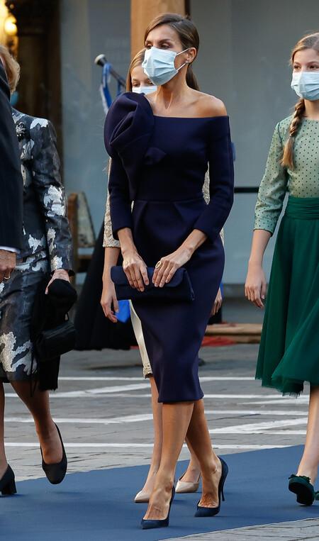 Doña Letizia con look en azul