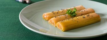 Estos puerros confitados se funden en la boca: receta en olla de cocción lenta (y también de forma tradicional)