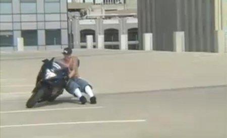 Lanzamiento de moto, la última estupidez en televisión