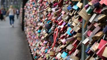 ¿Quieres un candado del amor directamente llegado de París? Ahora es posible conseguirlo