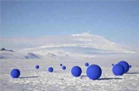 Stellar Axis: estrellas con forma de esferas azules