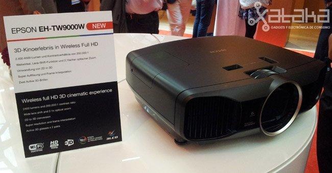 Epson EH-TW9000, cine 3D en casa siempre que tu casa sea enorme