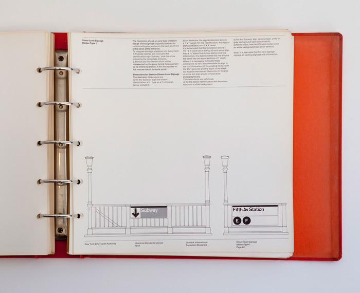 Foto de NYC Transit Authority Graphics Standards Manual (2/15)