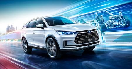 China dominará el mercado del coche eléctrico, según un estudio de Bloomberg, pero Europa y Japón aún están a tiempo de reaccionar