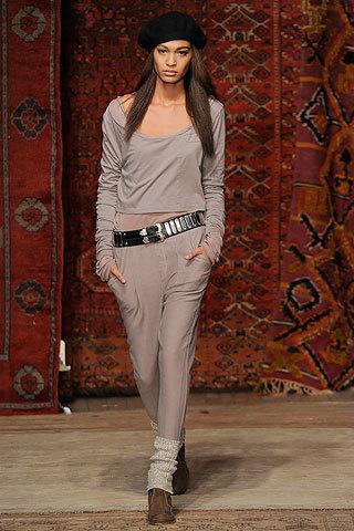 Foto de Erin Wasson x RVCA, Otoño-Invierno 2010/2011 en la Semana de la Moda de Nueva York (1/12)