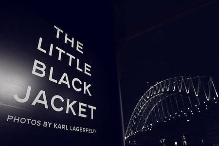 La exposición de 'The Little Black Jacket' está imparable: ahora visita Sydney