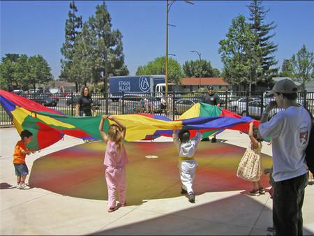 Celebra el Día del Juego, y deja que tus hijos tengan tiempo para realizar su actividad favorita