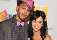 Katy Perry y Travis McCoy rompen