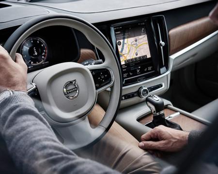 Volvo S90 007