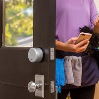 Guía de compra de cerraduras inteligentes: instalación, conectividad, preguntas frecuentes y recomendaciones para acertar