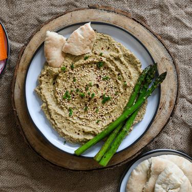 Cómo hacer baba ganoush, mutabal o paté de berenjenas libanés en 15 minutos, receta fácil y rápida (en microondas)