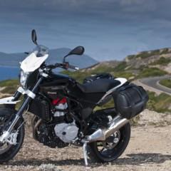 Foto 22 de 111 de la galería husqvarna-nuda-900-y-900r-datos-y-fotos-oficiales en Motorpasion Moto