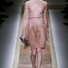 Foto 20 de 23 de la galería valentino-otono-invierno-20112012-en-la-semana-de-la-moda-de-paris-la-moda-esta-triste en Trendencias
